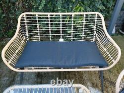 Rattan effect garden furniture set with cover